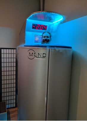 Customer Glenn during a cryotherapy session